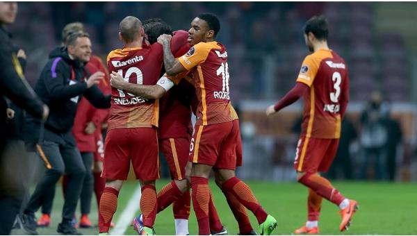 Galatasaray'da 4 yıldızın kaderi mali kurula bağlı
