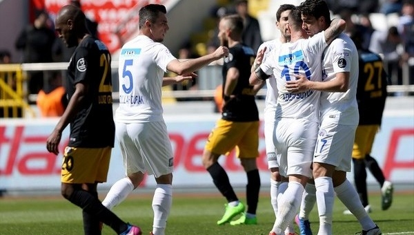 Kasımpaşa 3-2 Osmanlıspor maç özeti ve golleri (Kasımpaşa Osmanlı İddaa maç sonucu)