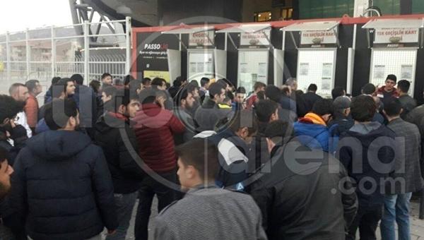 Kayserispor - Fenerbahçe maçı öncesi tehlikeli gerilim
