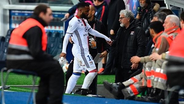 Beşiktaş'ın UEFA Avrupa Ligi'nde rakibi Lyon'un en golcü futbolcusu sakatlandı