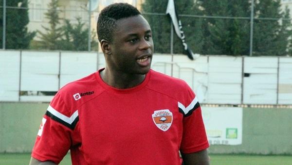 Magaye Gueye Galatasaray'a bileniyor
