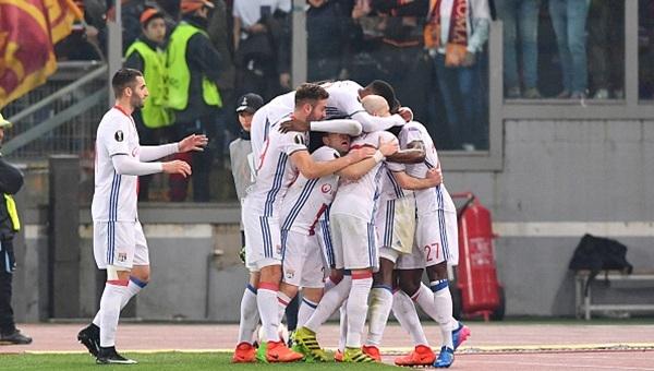 Roma 2-1 Lyon maçı özeti ve golleri