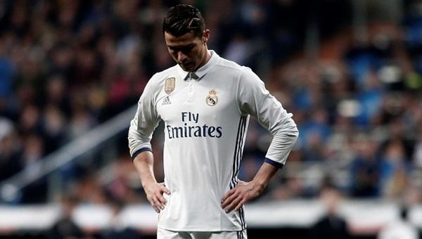 Ronaldo kuralları çiğnedi, İspanya'da olay oldu