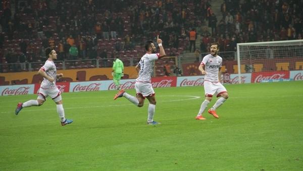 Selçuk Şahin'den Galatasaray'a gönderme