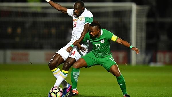 Trabzonsporlu Ogenyi Onazi, Nijerya - Senegal maçında sakatlandı