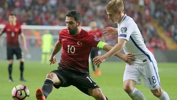 Türkiye - Moldova maçı öncesi Eskişehir'de karaborsa skandalı
