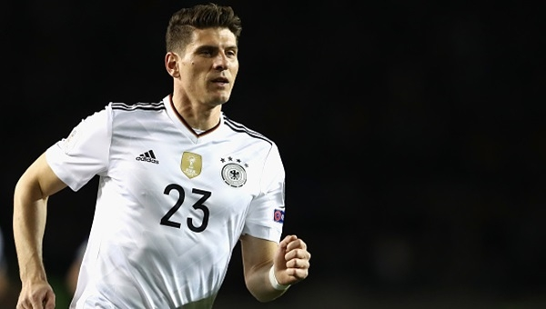 Wolfsburg'tan Mario Gomez açıklaması: 'Umarım ayrılmaz'