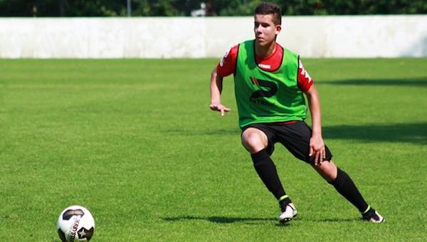 17'lik Ferdi Kadıoğlu, Ajax'ı da avladı