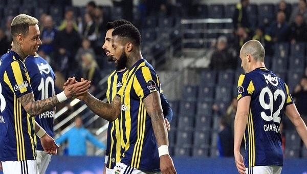 Akhisar koştu, Fenerbahçe kazandı