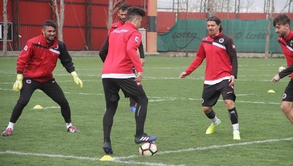 Antalyaspor maçı öncesi Ahmet Oğuz gelişmesi - Gençlerbirliği Haberleri