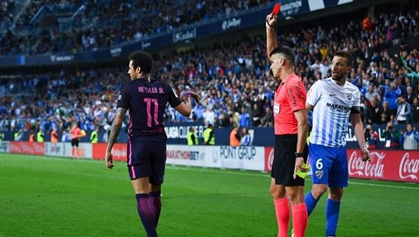 Barcelona'nın yıldızı Neymar'a 3 maç ceza