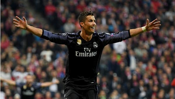 Cristiano Ronaldo'dan rekor! Tarihte bir ilk