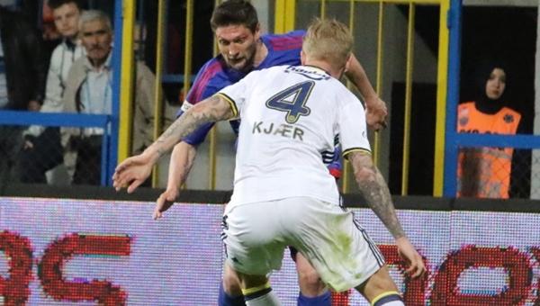 Karabükspor'da penaltı isyanı! Kjaer...