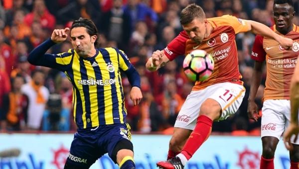 Podolski'den Fenerbahçe'ye sert gönderme! '3. lig takımları bile...'