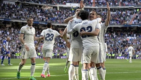 Real Madrid 3-0 Deportivo Alaves maçı özeti ve golleri (İZLE)