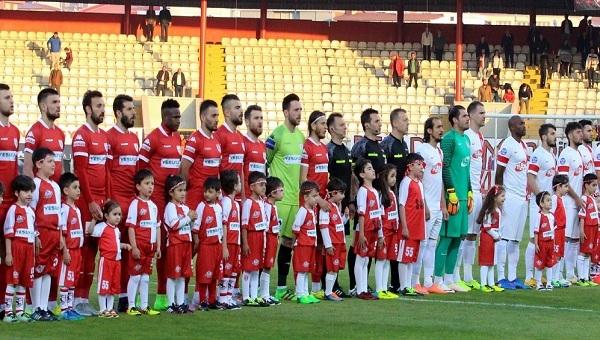 Samsunspor - Balıkesirspor maçında skandal hakem hatası