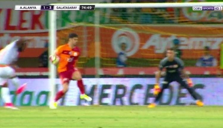 Alanyaspor - Galatasaray maçında penaltı isyanı
