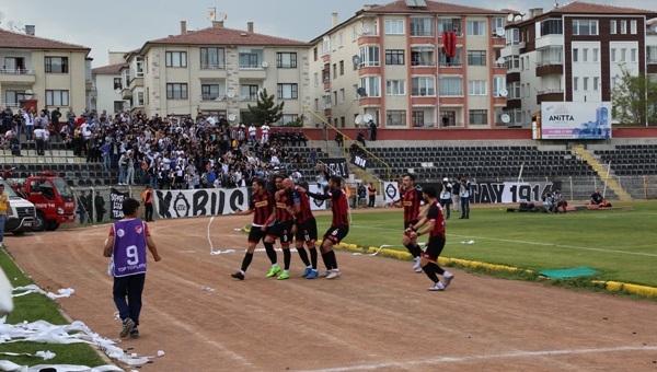 Çorum Belediyespor Play-Off'ta avantajı kaptı (Çorum Belediyespor - Altay)
