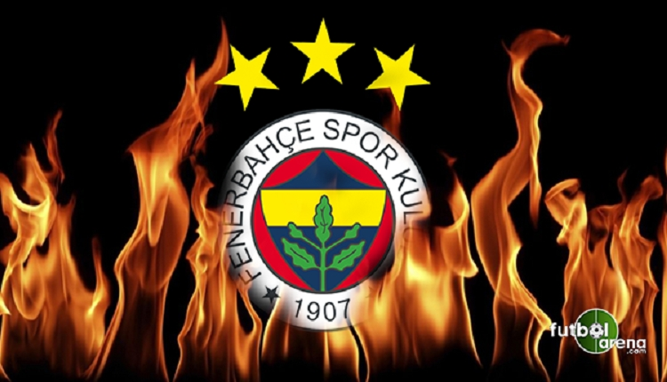 CSKA Moskova - Olympiakos maçında Fenerbahçelilere su şişesi atıldı