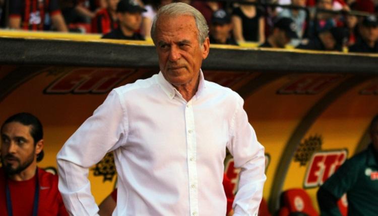 Eskişehirspor'da Mustafa Denizli'den taraftarlara Süper Lig mesajı