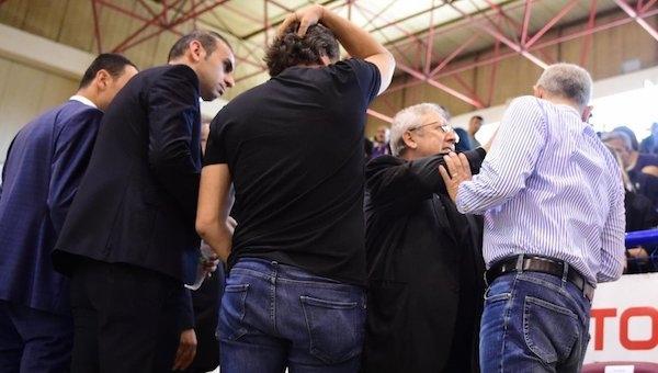 Fenerbahçe'de Aziz Yıldırım salona girebilecek