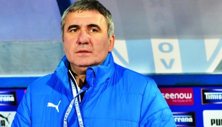 Galatasaraylı taraftarlardan Viitorul - Cluj maçı öncesi Hagi'ye destek