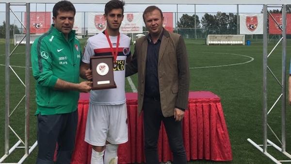 Gençlerbirliği U19 takımı Türkiye 3.'sü