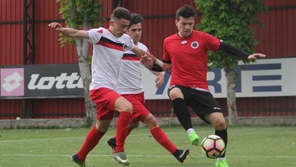 Gençlerbirliği'nin idman maçında gol yağmuru