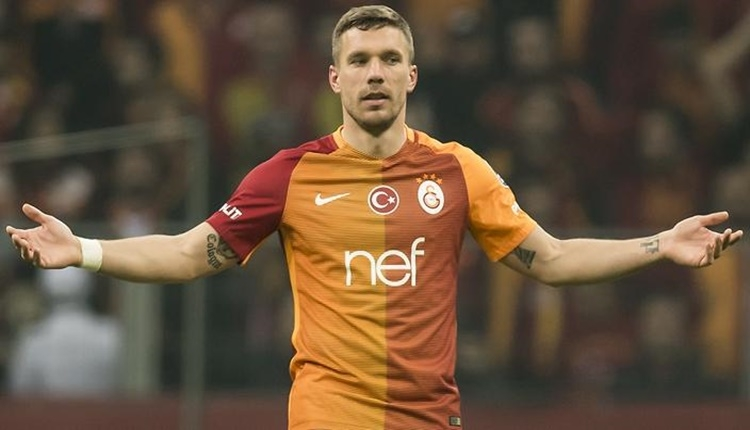 Lukas Podolski, Volkan Demirel ile alay etti