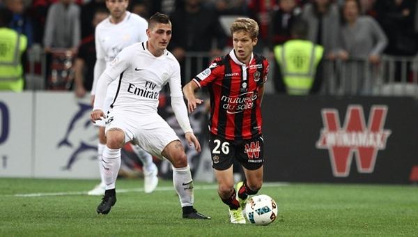 Lyon'dan PSG'ye gönderme