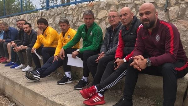 Osmanlıspor'da Hamza Hamzaoğlu'ndan gençlere yakın takip
