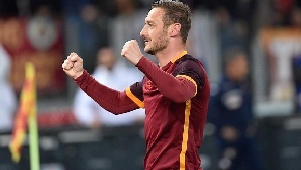 Roma'dan Francesco Totti için sürpriz açıklama
