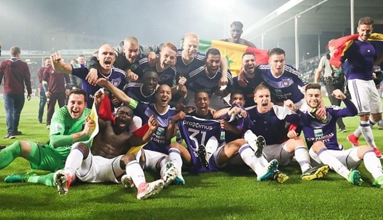Anderlecht Belçika'da şampiyonluğunu ilan etti