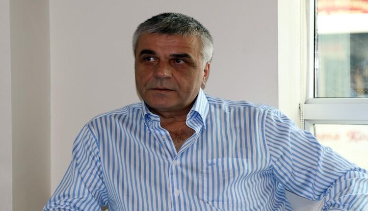 Akhisar Belediyespor Orhan Taşdelen ve Kadir Keleş'in sözleşmesini uzattı