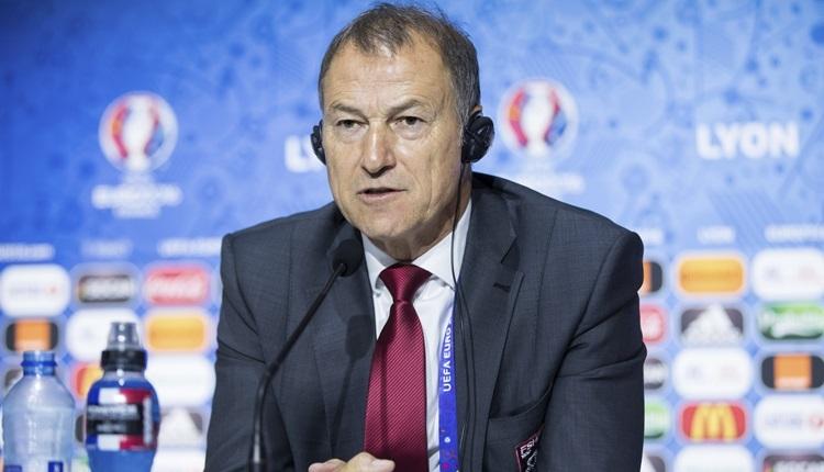 Arnavutluk tarihine geçen De Biasi istifa etti