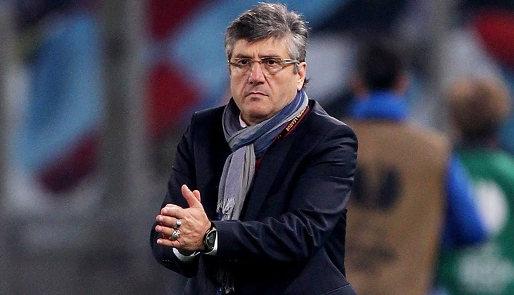Atiker Konyaspor'da Mustafa Reşit Akçay'dan Aykut Kocaman'a teşekkür