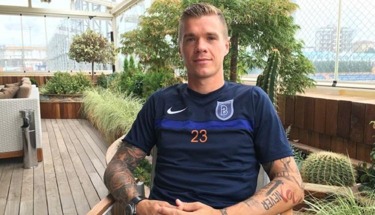 Başakşehir'in futbolcusu Holmen'e canlı yayında transfer çağrısı
