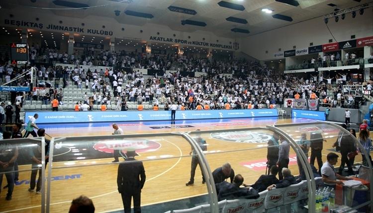 Beşiktaş'a 2 maç seyircisiz oynama cezası