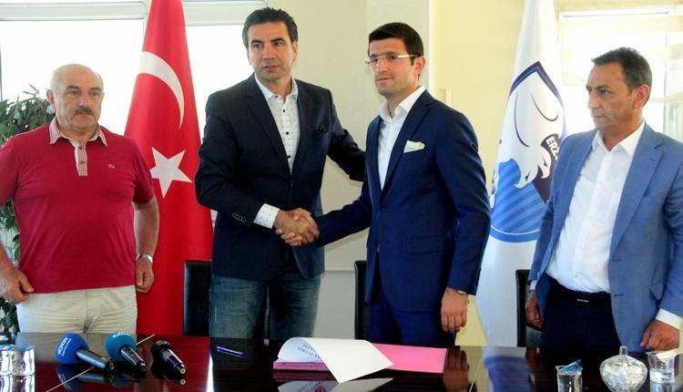 Erzurumspor yeni hocasıyla sözleşme imzaladı