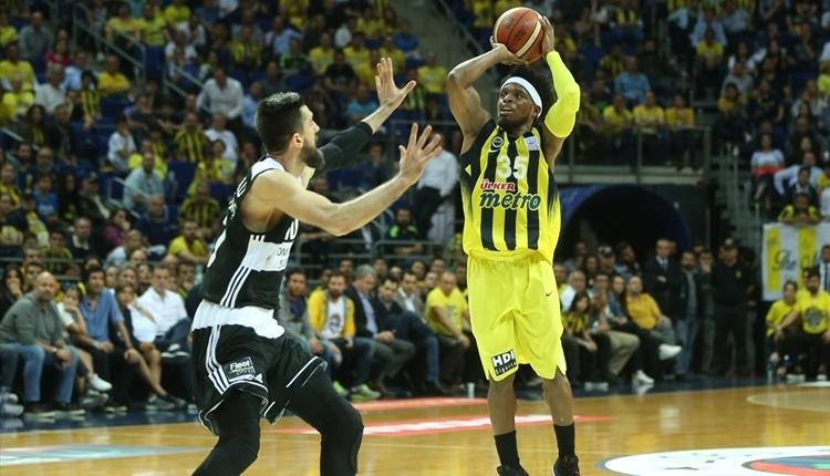 Fenerbahçe, Beşiktaş karşısında ilk maçı kazandı