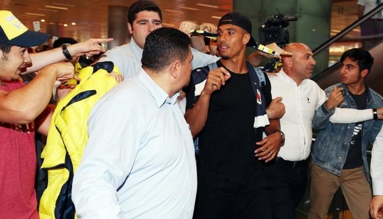 Fenerbahçe'nin yeni transferi Nabil Dirar, İstanbul'da!