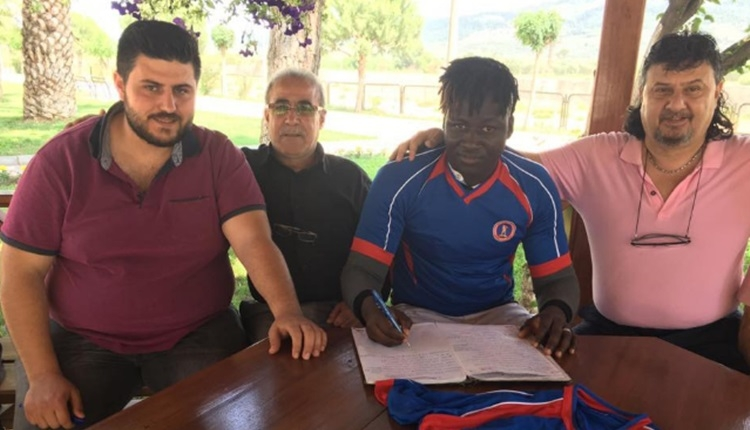 İlçe futbol takımına Burkina Fasolu transfer