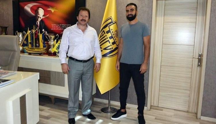 Ankaragücü, Sedat Ağçay'ı transfer etti