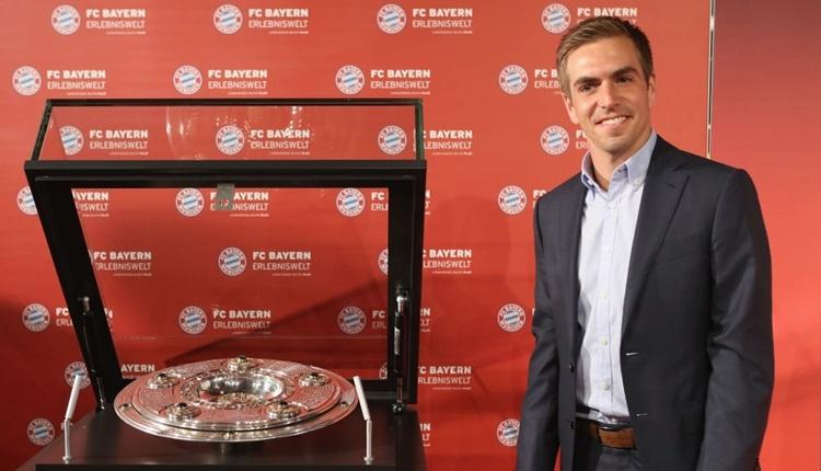Bayern Münih'te futbolu bırakan Philipp Lahm'a büyük onur