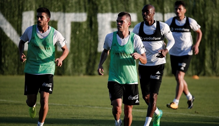 Beşiktaş'ta Ryan Babel ve Atiba sevinci