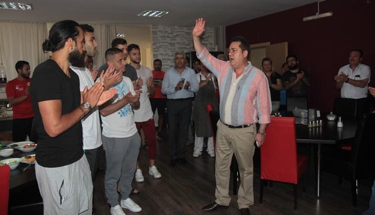Eskişehirspor'da Halil Ünal veda etti