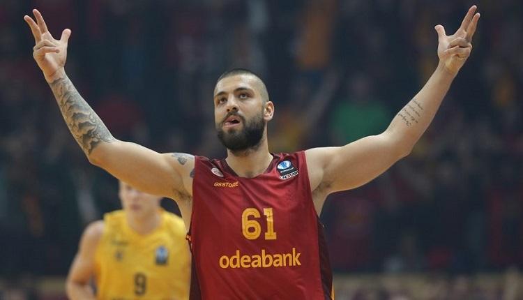 Galatasaray'da Göksenin Köksal'dan Fenerbahçe taraftarına mesaj