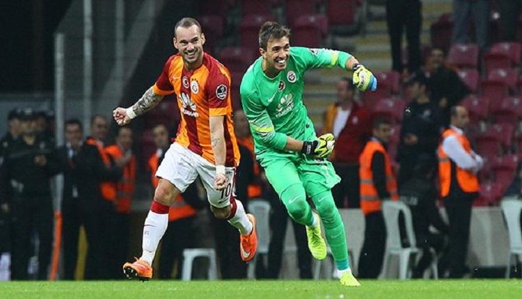 Galatasaray'da Muslera'dan Sneijder'e duygusal veda