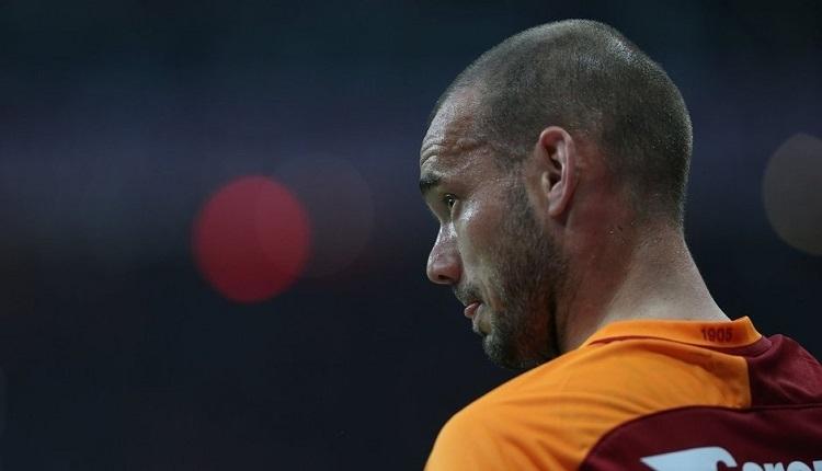 Galatasaray'da Wesley Sneijder baskılara boyun eğmiyor