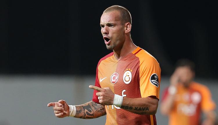 Galatasaray'da Wesley Sneijder idmana çıktı